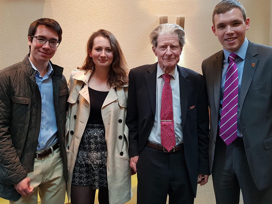 Members of the Tinbergen Society with Nobel Laureate Professor Sir John Gurdon