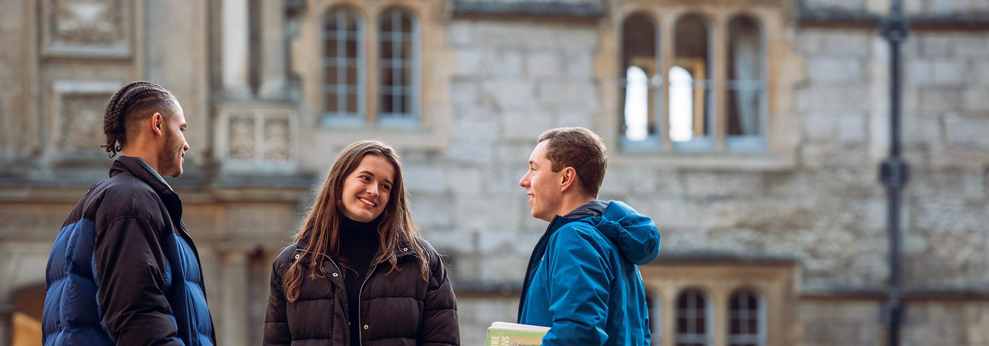 Students in Front Quad, 2019 - Photo: © John Cairns - www.johncairns.co.uk