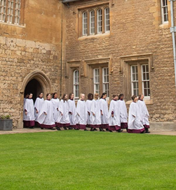 Merton-College-Girl-Choristers-2019_John-Cairns_ref2019-05-20_19_MCGC-Forthcoming-Events_inpageFB
